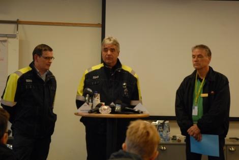 Sakari Kallo, produktionschef Europa, Nils Edberg, platschef Luleå och och Sven-Olov Lundbäck från polisen