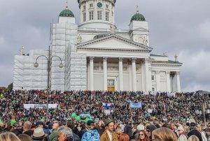 findland-nazistprotest